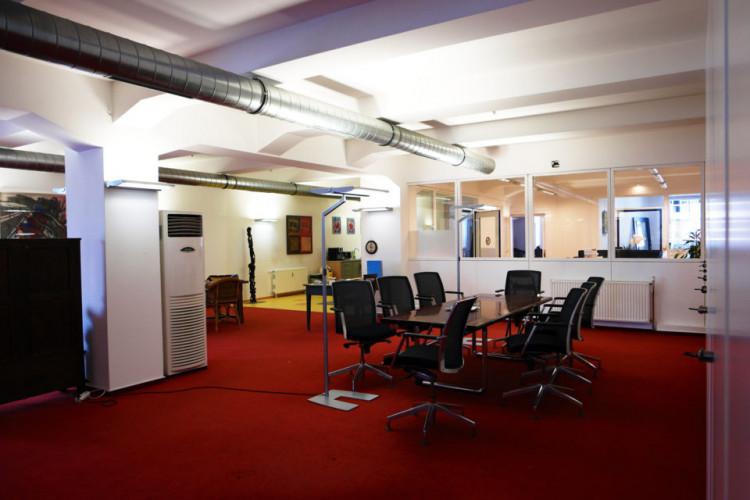CoWork Lab - Coworking Space