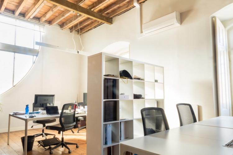 WorkHub - Coworking Space