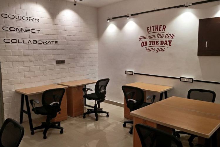 Suits Cafe - Coworking Space