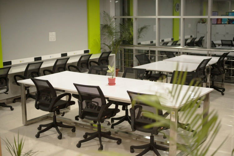 Collab Cowork - Coworking Space