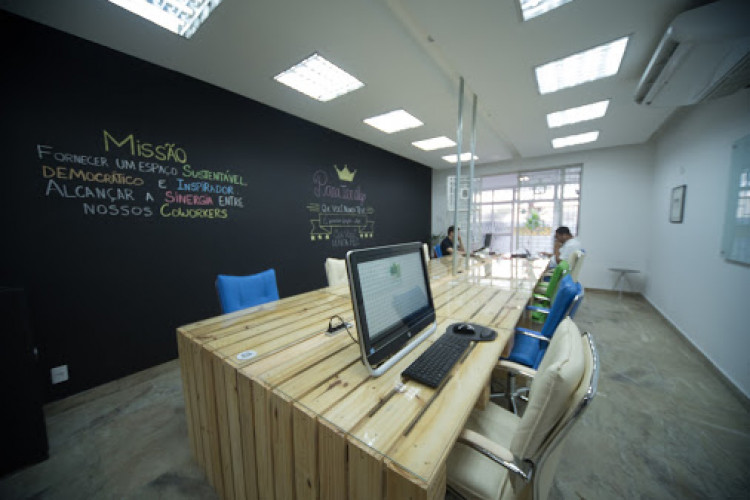 One O One Coworking - Coworking Space